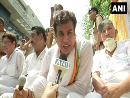 Instead of jobs, inflation, BJP govt busy changing CMs in U'khand: Congress | Instead of jobs, inflation, BJP govt busy changing CMs in U'khand: Congress