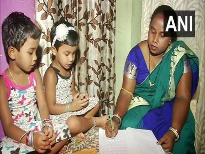 Losing her job due to pandemic, teacher becomes driver of waste collection vehicle in Bhubaneswar   Losing her job due to pandemic, teacher becomes driver of waste collection vehicle in Bhubaneswar