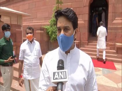 Tokyo Olympics: Anurag Thakur and other MPs cheer for Indian athletes | Tokyo Olympics: Anurag Thakur and other MPs cheer for Indian athletes