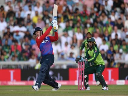 England edge Pakistan in 3rd T20I to secure series win | England edge Pakistan in 3rd T20I to secure series win