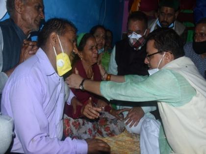 Uttarakhand CM meets families of those killed after cloudburst in Uttarkashi | Uttarakhand CM meets families of those killed after cloudburst in Uttarkashi