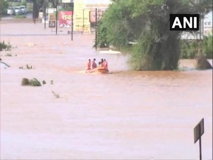 Maharashtra floods: Death toll reaches 164, about 100 still missing | Maharashtra floods: Death toll reaches 164, about 100 still missing