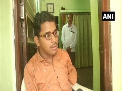 Gujarat boy, who lost hands, leg in accident, scores 92 pc marks in Class XII exams   Gujarat boy, who lost hands, leg in accident, scores 92 pc marks in Class XII exams