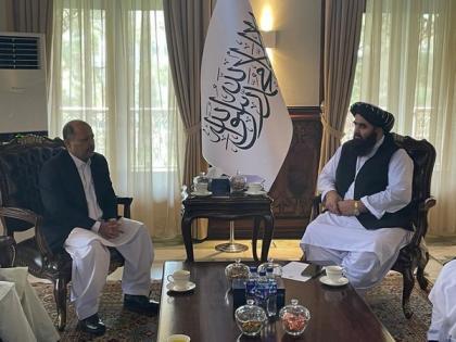 Pak envoy meets Taliban foreign minister, discusses bilateral cooperation   Pak envoy meets Taliban foreign minister, discusses bilateral cooperation