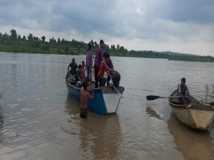 3 dead, 8 missing after boat capsizes in Maharashtra's Amravati | 3 dead, 8 missing after boat capsizes in Maharashtra's Amravati