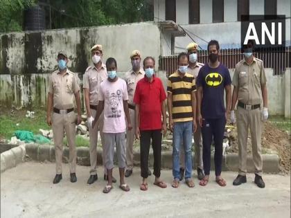 Fake passport racket busted in Delhi; 6 including 5 Bangladeshi nationals arrested, 27 fake passports seized | Fake passport racket busted in Delhi; 6 including 5 Bangladeshi nationals arrested, 27 fake passports seized