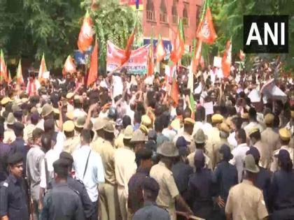 BJP protests against Cong govt in Jaipur over law and order situation, unemployment | BJP protests against Cong govt in Jaipur over law and order situation, unemployment