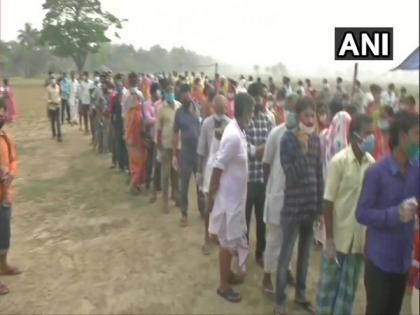 Second phase polling: 13.14 per cent voter till 9 am in West Bengal | Second phase polling: 13.14 per cent voter till 9 am in West Bengal