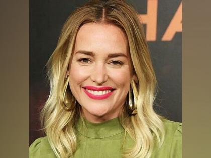 Piper Perabo donates to Priyanka Chopra's COVID-19 fundraiser, urges fans to help India fight pandemic | Piper Perabo donates to Priyanka Chopra's COVID-19 fundraiser, urges fans to help India fight pandemic