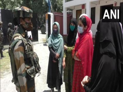 J-K: Army organises interaction session for female students with riflewomen of Assam Rifles in Ganderbal | J-K: Army organises interaction session for female students with riflewomen of Assam Rifles in Ganderbal