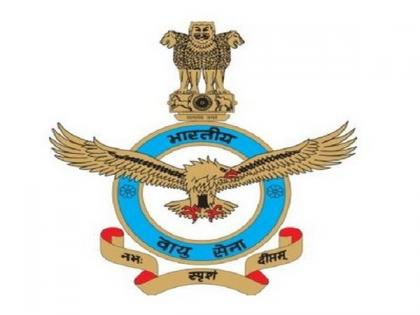 Madhya Pradesh: IAF crew with help of Helicopter Dhruv rescue 4 people stranded in floods   Madhya Pradesh: IAF crew with help of Helicopter Dhruv rescue 4 people stranded in floods