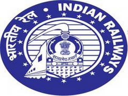 COVID-19: Western Railways, BMC collect Rs 5.97 lakh in fines | COVID-19: Western Railways, BMC collect Rs 5.97 lakh in fines