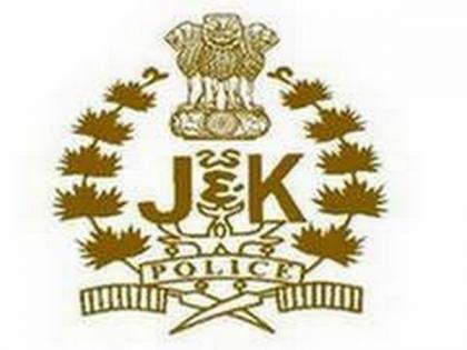 J-K: Shopian Police arrest 7 terrorist associates linked with Hizb-ul-Mujahideen   J-K: Shopian Police arrest 7 terrorist associates linked with Hizb-ul-Mujahideen