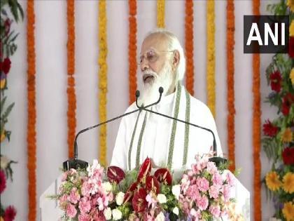 PM Modi lauds Yogi Adityanath governance, law and order | PM Modi lauds Yogi Adityanath governance, law and order