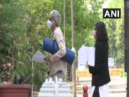 Bhima Koregaon case: Activist Gautam Navlakha to be produced in NIA court tomorrow   Bhima Koregaon case: Activist Gautam Navlakha to be produced in NIA court tomorrow