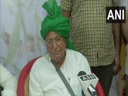 OP Chautala visits Ghazipur border protest site, demands withdrawal of Central farm laws | OP Chautala visits Ghazipur border protest site, demands withdrawal of Central farm laws