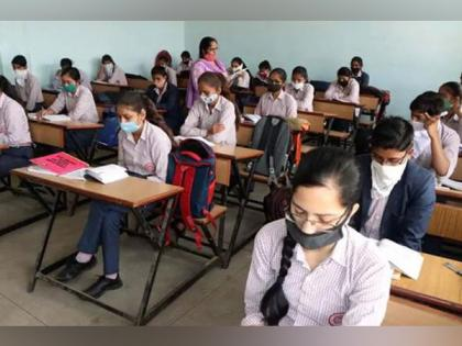 [New CBSE Syllabus 2021-22 Class 10] MCQ Type CBSE Question Banks launched for Term 1 & 2 Board Exams with special assessment scheme | [New CBSE Syllabus 2021-22 Class 10] MCQ Type CBSE Question Banks launched for Term 1 & 2 Board Exams with special assessment scheme