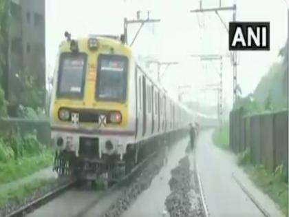 Intense rain likely in Mumbai , IMD issues yellow alert | Intense rain likely in Mumbai , IMD issues yellow alert