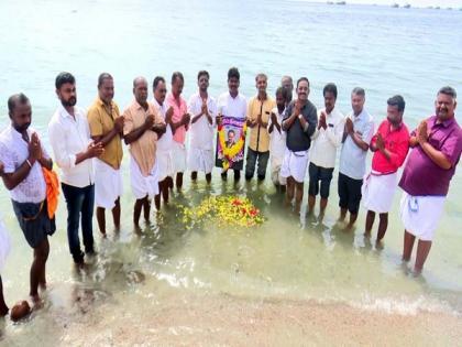 Tamil Nadu Arts-Literature Federation pays floral tribute to Balasubrahmanyam | Tamil Nadu Arts-Literature Federation pays floral tribute to Balasubrahmanyam