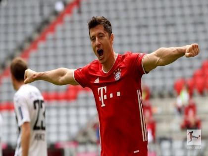Bundesliga: Robert Lewandowski becomes highest non-German goal-scorer in a season | Bundesliga: Robert Lewandowski becomes highest non-German goal-scorer in a season