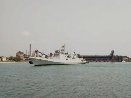INS Talwar arrives in New Mangalore with first consignment of Oxygen from Bahrain | INS Talwar arrives in New Mangalore with first consignment of Oxygen from Bahrain