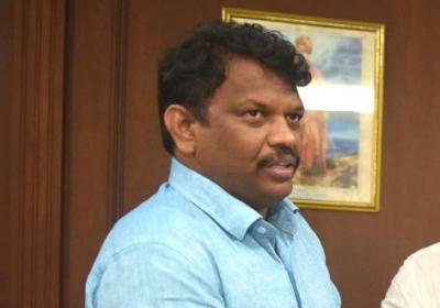 Goa Min claims facing NPA risk, writes to PM, FM | Goa Min claims facing NPA risk, writes to PM, FM