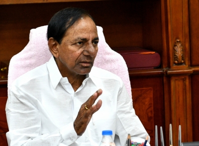 KCR directs ministers, officials to stay alert amid heavy rains | KCR directs ministers, officials to stay alert amid heavy rains