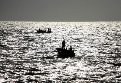 Overloaded boat capsizes in Wardha River, 11 feared dead | Overloaded boat capsizes in Wardha River, 11 feared dead