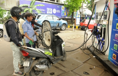 Petrol, diesel price rise paused a day after reaching new highs | Petrol, diesel price rise paused a day after reaching new highs