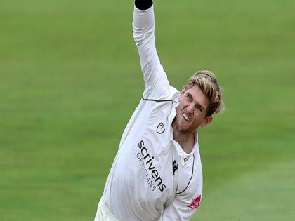 Alex Thomson joins Durham on two-month load deal from Warwickshire   Alex Thomson joins Durham on two-month load deal from Warwickshire