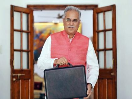 Speed up process of getting back deposits of investors from chit fund companies: Chhattisgarh CM | Speed up process of getting back deposits of investors from chit fund companies: Chhattisgarh CM
