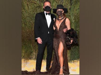Jennifer Lopez, Ben Affleck pack on PDA at Met Gala 2021 | Jennifer Lopez, Ben Affleck pack on PDA at Met Gala 2021