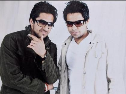 'Chandigarh ke ladke!': Ayushmann Khurrana shares hilarious throwback picture with brother on World Sibling Day | 'Chandigarh ke ladke!': Ayushmann Khurrana shares hilarious throwback picture with brother on World Sibling Day