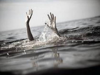 Pakistan: 4 killed, 17 missing in boat sinking incident   Pakistan: 4 killed, 17 missing in boat sinking incident
