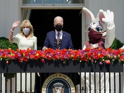 Easter Bunny visits White House, makes surprise appearance at press briefing | Easter Bunny visits White House, makes surprise appearance at press briefing
