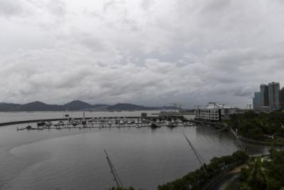 China's Guangdong braces for typhoon Cempaka   China's Guangdong braces for typhoon Cempaka