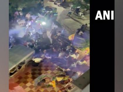 Andhra: Clash breaks out between YSRCP, TDP workers in Guntur during Ganpati idol immersion   Andhra: Clash breaks out between YSRCP, TDP workers in Guntur during Ganpati idol immersion