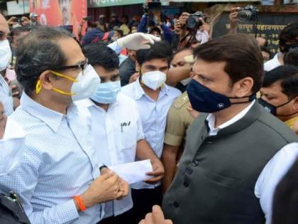 Maharashtra CM Uddhav Thackerey, Leader of Opposition Devendra Fadnavis visit flood-affected areas in Kolhapur | Maharashtra CM Uddhav Thackerey, Leader of Opposition Devendra Fadnavis visit flood-affected areas in Kolhapur