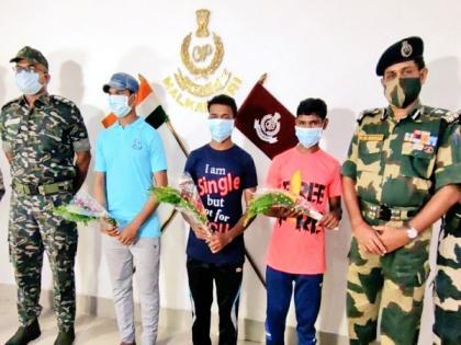 3 Maoist cadres surrender in Odisha's Malkangiri | 3 Maoist cadres surrender in Odisha's Malkangiri