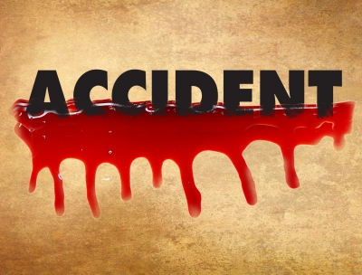2 killed in road accident in Chennai   2 killed in road accident in Chennai