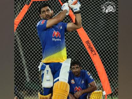 IPL 2021: Dhoni is determined to get CSK's ball rolling, says Parthiv   IPL 2021: Dhoni is determined to get CSK's ball rolling, says Parthiv