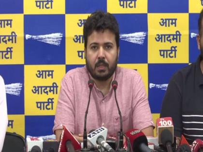 BJP must be booked for murder over Malkaganj building collapse incident: AAP   BJP must be booked for murder over Malkaganj building collapse incident: AAP