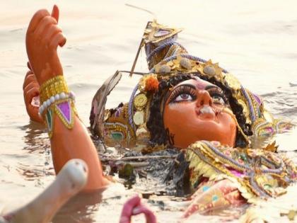 Durga Puja: Delhi Pollution Control Committee prohibits idol immersion at public places | Durga Puja: Delhi Pollution Control Committee prohibits idol immersion at public places