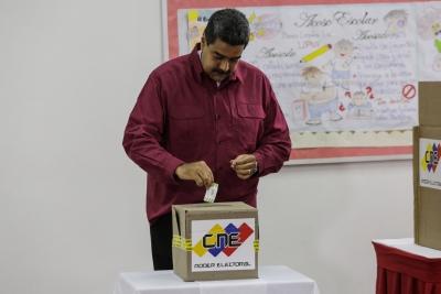 Venezuela's National Electoral Council unveils new voting machine | Venezuela's National Electoral Council unveils new voting machine