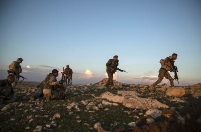 Airstrikes hit base of Iraqi paramilitary | Airstrikes hit base of Iraqi paramilitary