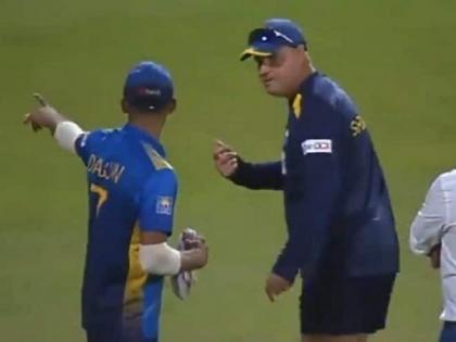 Ind vs SL, 2nd ODI: Lanka coach Arthur and captain Shanaka involved in heated dialogue after loss   Ind vs SL, 2nd ODI: Lanka coach Arthur and captain Shanaka involved in heated dialogue after loss