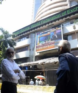 Banking stocks power markets to rise; global cues positive   Banking stocks power markets to rise; global cues positive