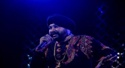 On Eid, Daler Mehndi launches a rock-sufi single with Pakistani qawwals | On Eid, Daler Mehndi launches a rock-sufi single with Pakistani qawwals
