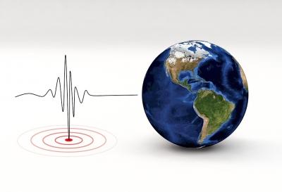 5.6-magnitude quake strikes off western Indonesia   5.6-magnitude quake strikes off western Indonesia