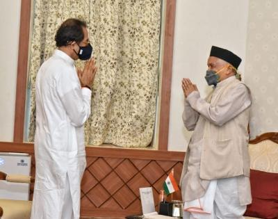 Maha: Fresh 'letter-war' erupts between CMO-Raj Bhavan | Maha: Fresh 'letter-war' erupts between CMO-Raj Bhavan